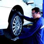 Bisogna sempre montare gli pneumatici nuovi sull'asse posteriore?