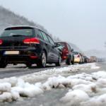 Devo usare gli pneumatici invernali solo in montagna o quando nevica?